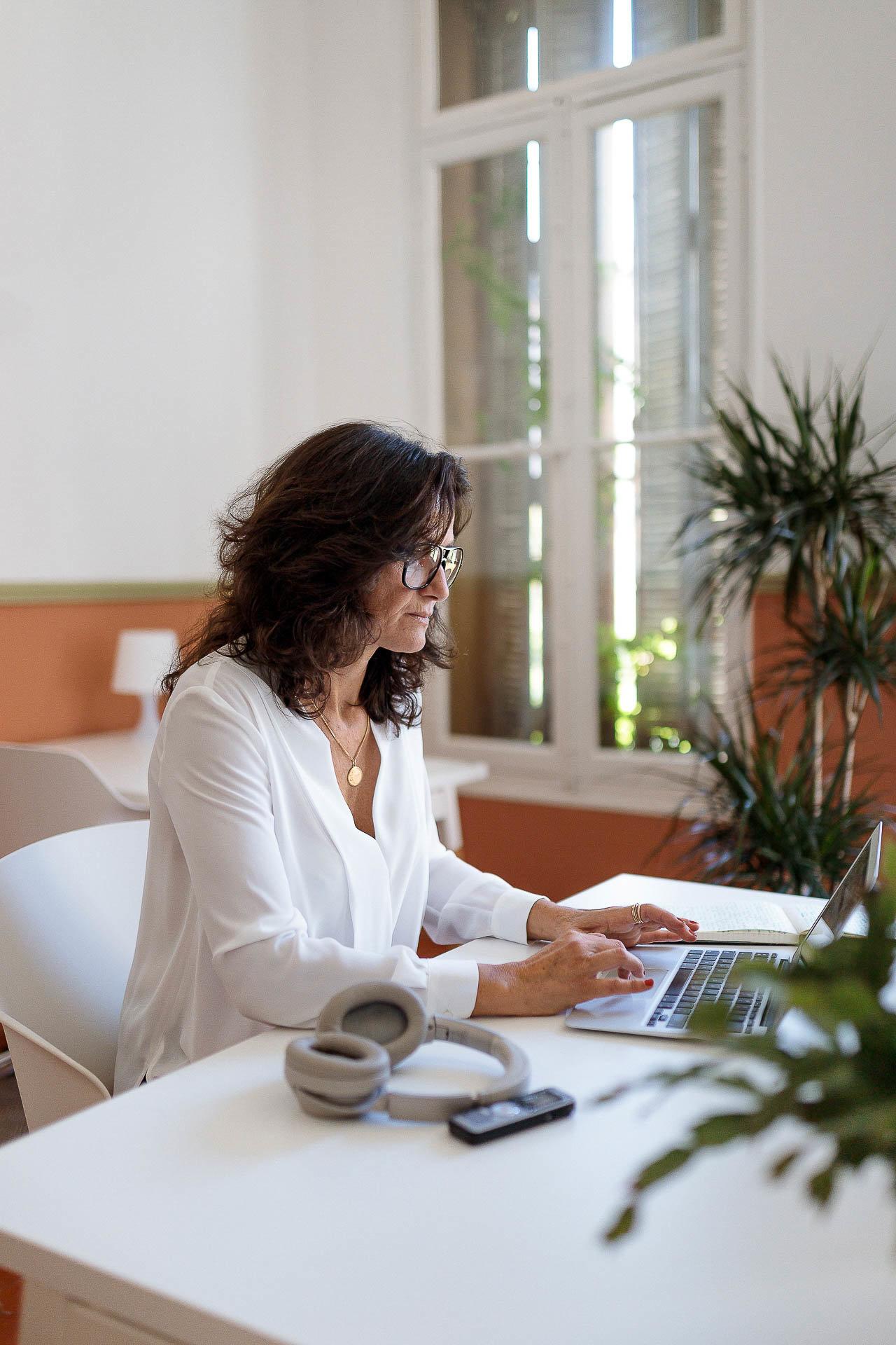 portrait entrepreneur la belle place coworking hyères pauline imperato